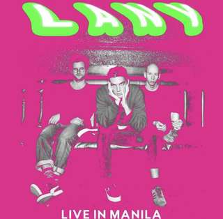 SELLING 2 BOX LANY TICKETS DAY 2!! 💕💕