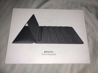Brand New Apple Smart Keyboard iPad Pro 10.5