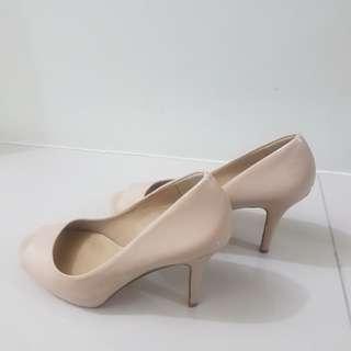 Aldo Nude Peeptoe heels