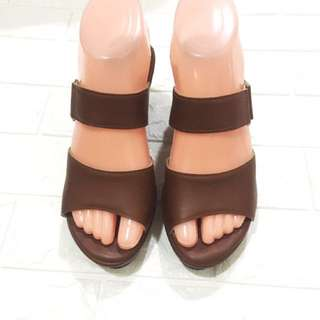 Women's Shoes (Postage Included)