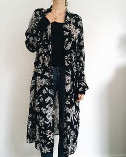 Black & White Glassons Kimono