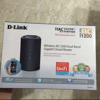 D-link Wireless AC1200 Dual Band Gigabit Cloud Router
