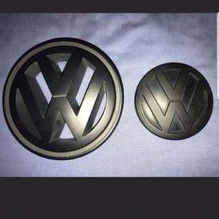 Volkswagen VW Golf Jetta Passat MK5 Front Grille and Rear Emblem (Matte Black)