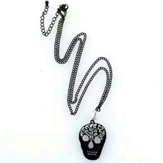 縷空黑色骷髏項鍊