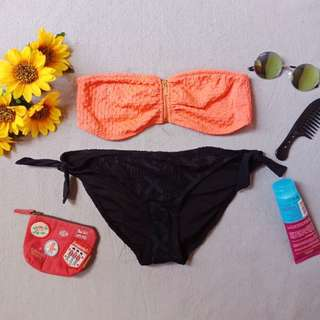 BANDEAU TOP WITH BLACK BOTTOM