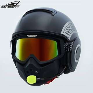 Gracshaw G828 (BLUETOOTH HELMET)