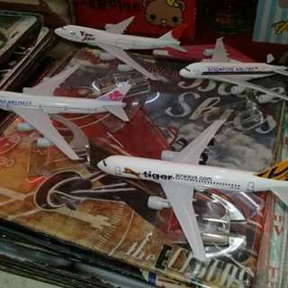 Aircraft miniature