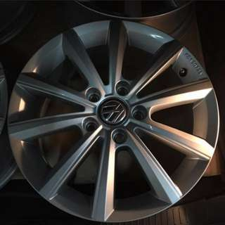 4 for 200 New Volkswagen Golf 16' Rim