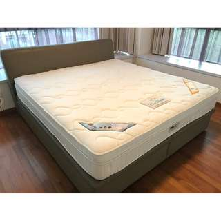 King size storage bed frame and Princebed mattress