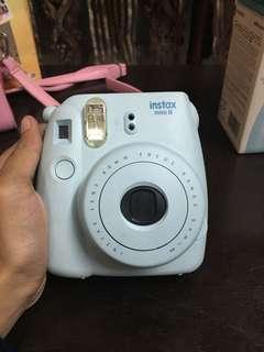 Fujifilm Instax Mini 8 in pastel blue
