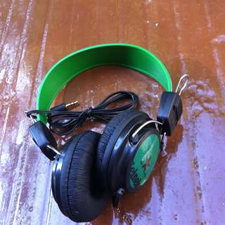 Heineken head phones. In good working condition.
