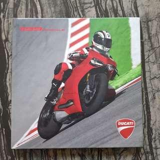 Ducati 1199 Product book