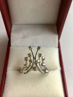 Diamond Fancy Color Tiara Ring. 🌸Unique🌸 18K WG. New. Size 16