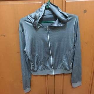 ✅緞面灰金屬光防曬外套