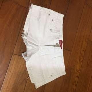 ✅白色牛仔短褲