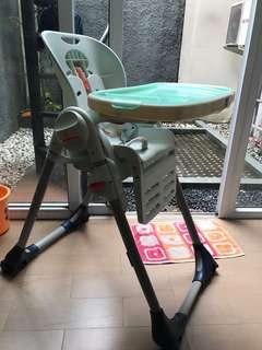 Chicco poly highchair 2 in 1