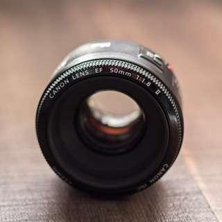 Canon EF 50mm/1.8 II Lens