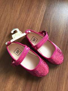 GAP girl shoes