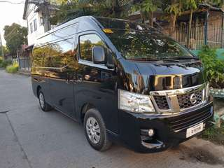 Van for rent hire rental car for rent outing team building company tour family