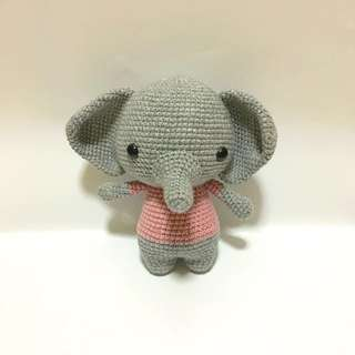 Elephant in Shirt [Amigurumi]