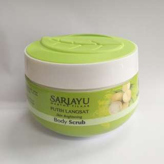 Skin Brightening Body Scrube Sariayu Putih