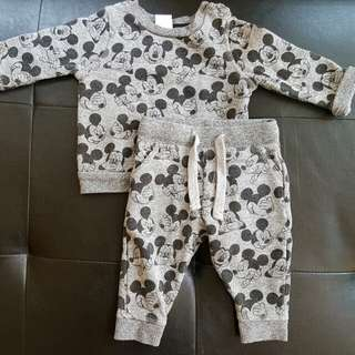 0 to 3 months Mickey Mouse Disney Set