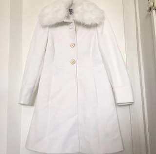 White Winter Coat with Fur Collar (Sz 40)