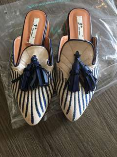 Shoes preloved in very good condition size 6
