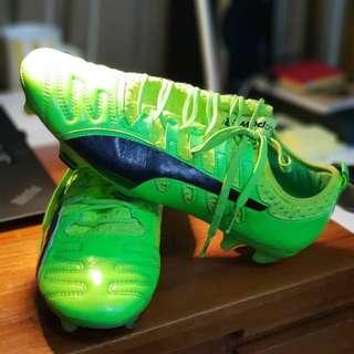 Brand new Puma football boots
