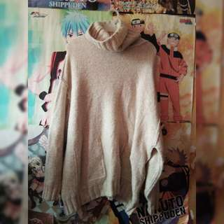 Knitted turtle neck sweater