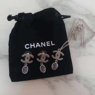 Chanel 耳環同Chanel頸鏈一set!