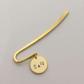 "BM001-A- Personalised Modern Bookmark with ""S&V"" Name Disc - Matt Gold Plated - Made To Order - Max 3 Alphabets - Capital letters - Gift for Teacher Student Classmate"