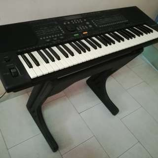 Technic KN800 PCM Keyboard With Stand