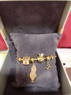 916 Gold Bangle With Charms