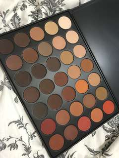 Morphe 35OM Colour Matte Nature Glow Eyeshadow Palette