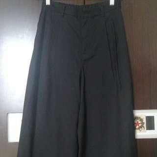 Uniqlo 寬褲