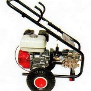 物理牌引擎式5.5HP高壓清洗機