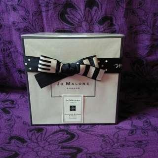 Sale: Jo malone women/1 stock