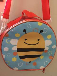 Bee Slingbag