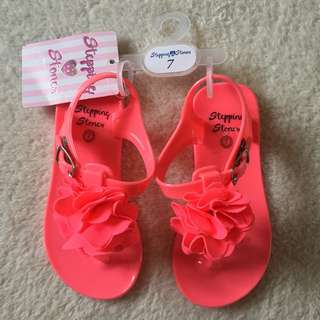 Stepping stones jelly sandals