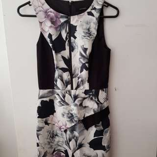 Portmans fitted pemplum dress Size 6