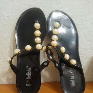 🚚 珍珠夾腳拖鞋 40