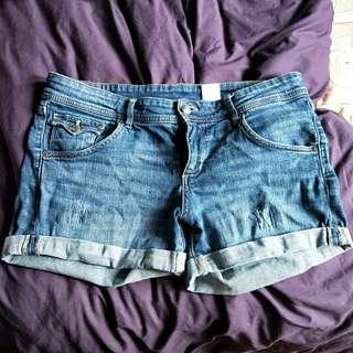 H&M denim shorts UK12-14