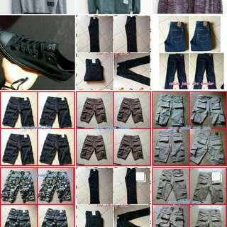 Sneakers, hoodie, kaos, cargo/jeans panjang dan pendek, dll.