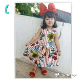 Floral dress for kids this summer