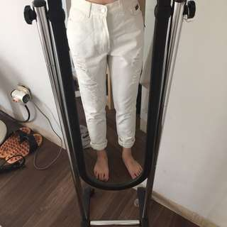 White mom ripped jeans