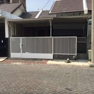 Rumah Pantai mentari 1m-an Surabaya timur
