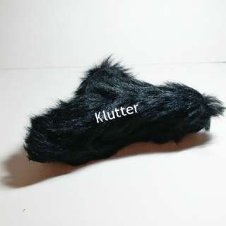 Klutter $3 - Black Furry Hair Claw Head Accessories Girls Ladies