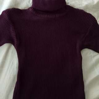 Turtle neck maroon rajut