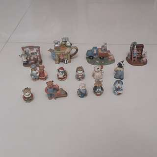 Porcelain animal family decoration